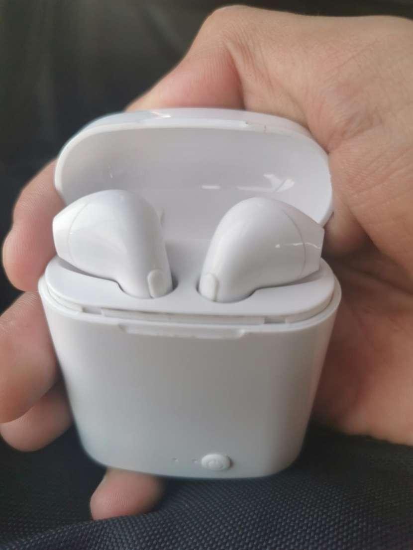 Audífonos inalámbricos - 0