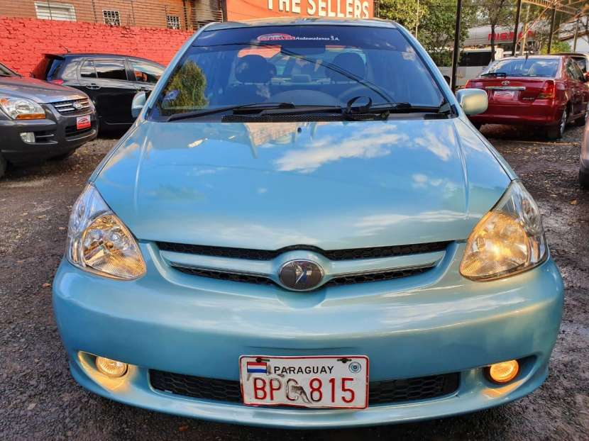 Toyota New platz 2003
