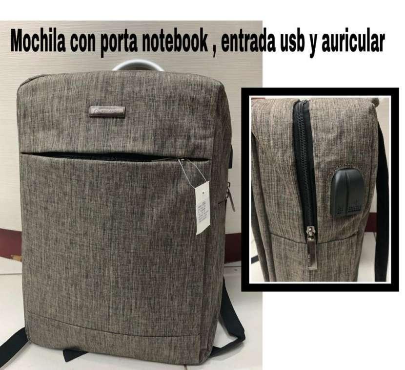 Mochila con porta notebook - 2