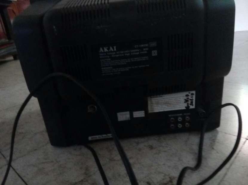 TV AKAI - 3