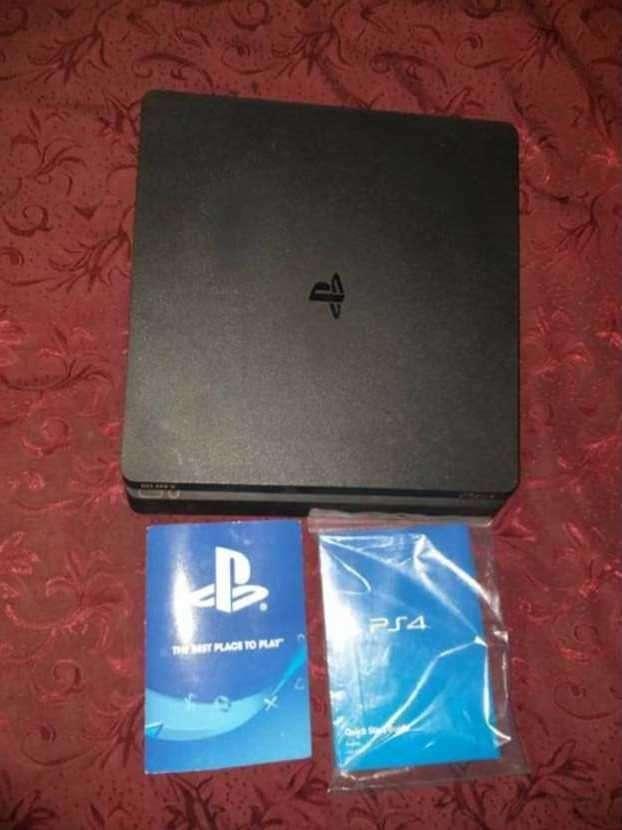 PS4 Slim de 1 tera - 0