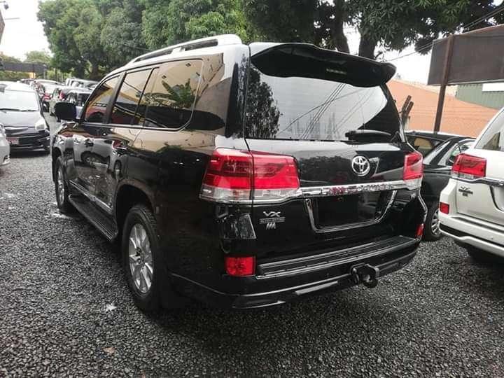 Toyota Land Cruiser VX 2018 - 4