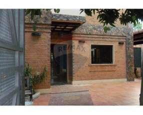 Casa a 1 cuadra de Molas López