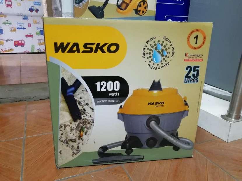 Aspiradora Wasko 25 litros - 0