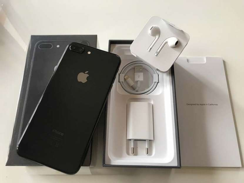 Apple iPhone 8 Plus 256 GB - 0