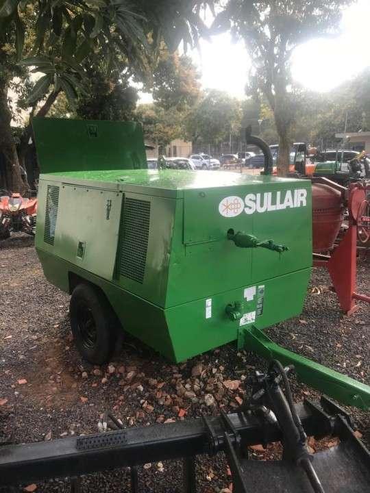Compresor portátil Sullair 185Q - 0