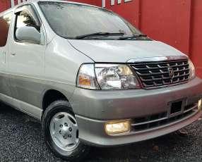 Toyota Grand Hiace 2000