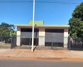 Salon Comercial - Zona Hospital Acosta Ñu