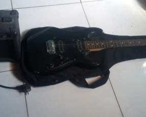 Guitarra eléctrica Ibanez Gio + amplificador Ibanez