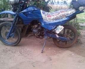 Moto Trail 200 cc