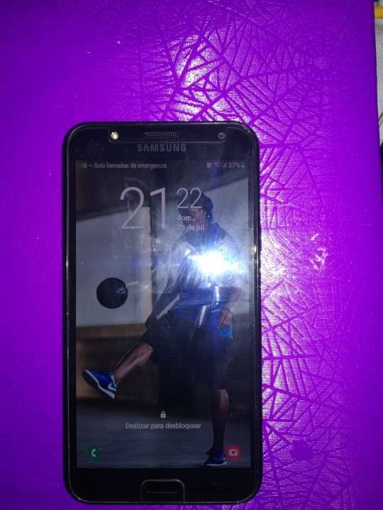 Samsung Galaxy J7 Neo impecable - 0