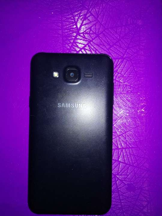 Samsung Galaxy J7 Neo impecable - 1