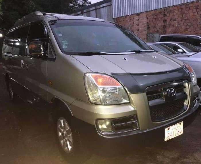 Hyundai H1 2004 - 1