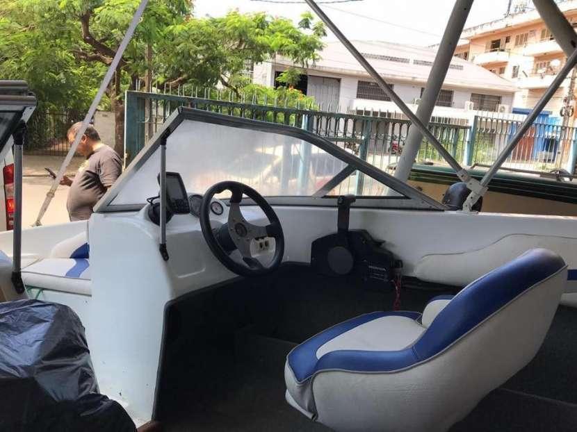 Lancha 2016 con motor Honda - 5