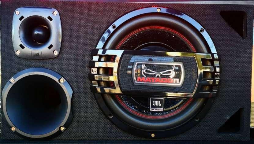Caja trio JBL 2800W - 0