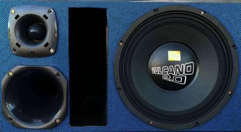 Caja trio JBL 2400W - 3