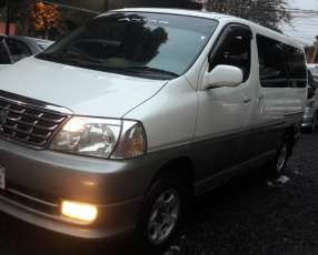 Toyota Grand Hiace Impecable