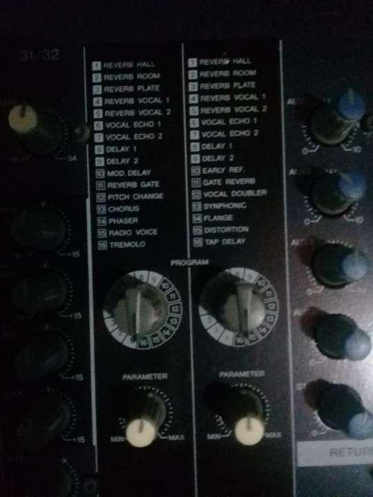 Yamaha de 32 canales doble efectos - 6