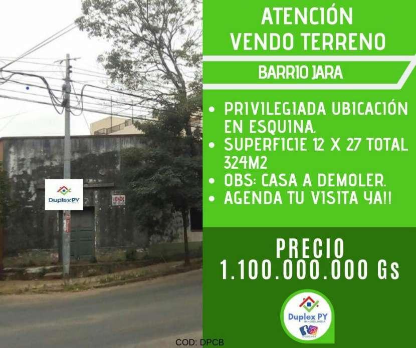 Terreno en Barrio Jara - 0