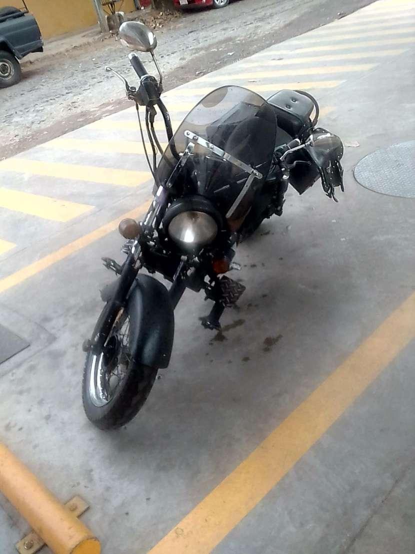 Moto Eagle 2000 - 1