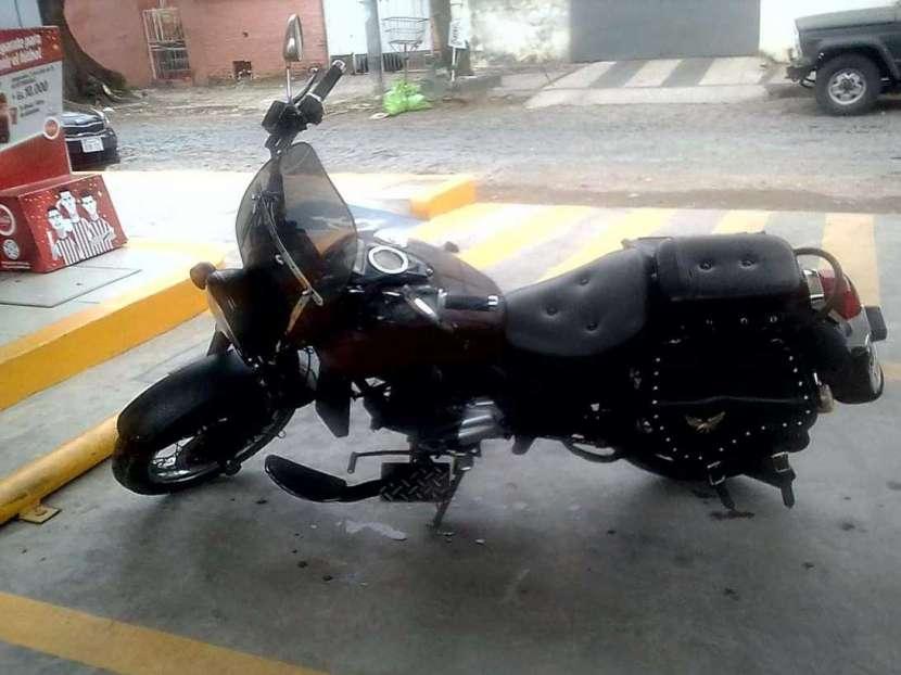 Moto Eagle 2000 - 2