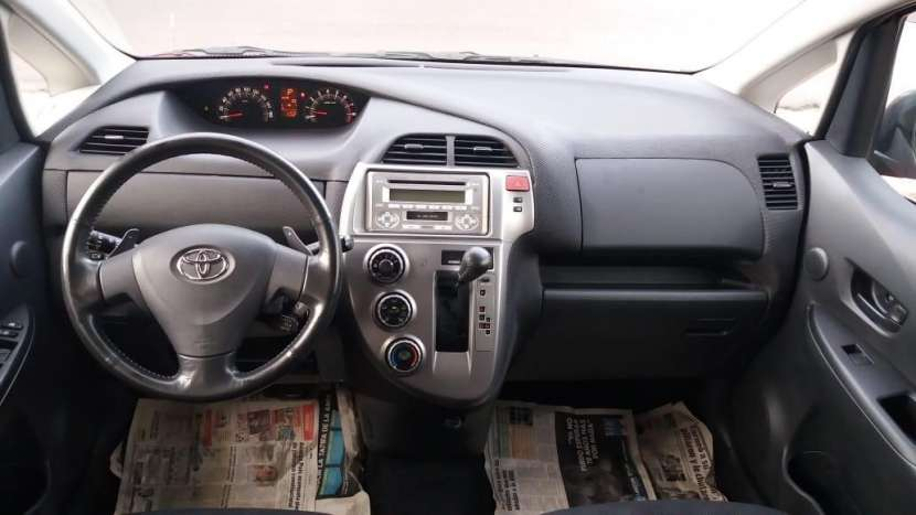 Toyota ractis 2006 full equipo - 3