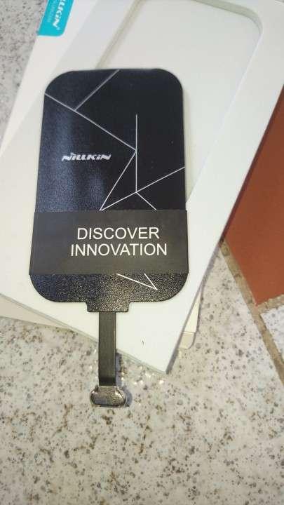 Kit de carga inalámbrica para celulares y tablets - 6
