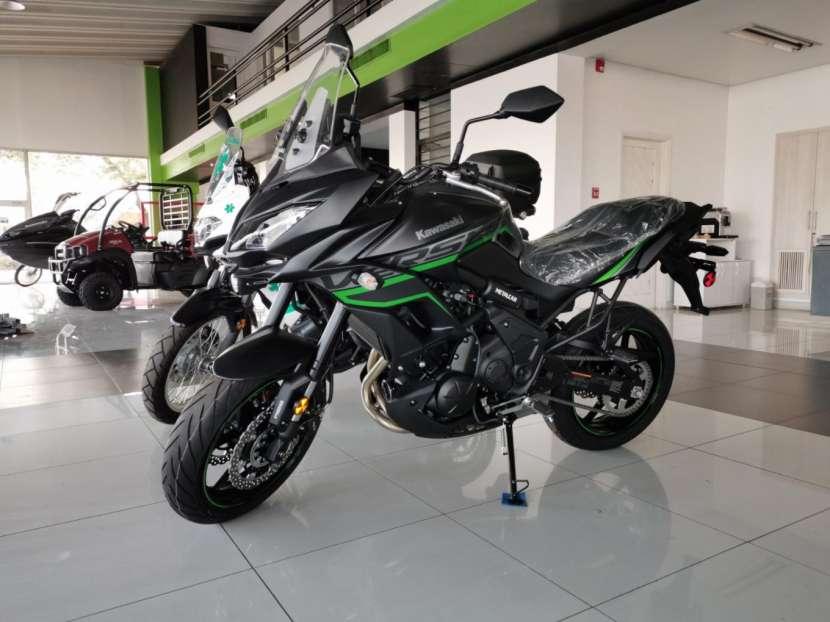 Moto Kawasaki versys 650 cc 2019 - 0