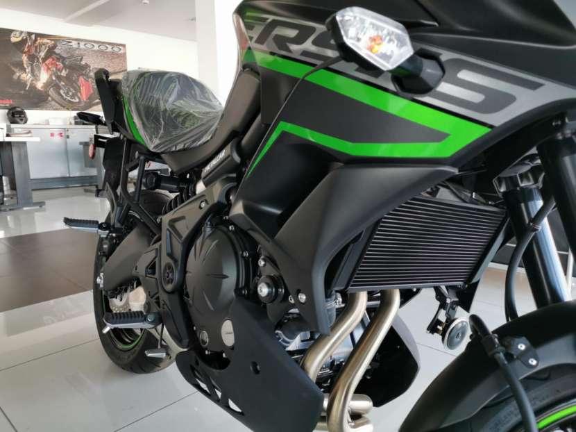 Moto Kawasaki versys 650 cc 2019 - 2