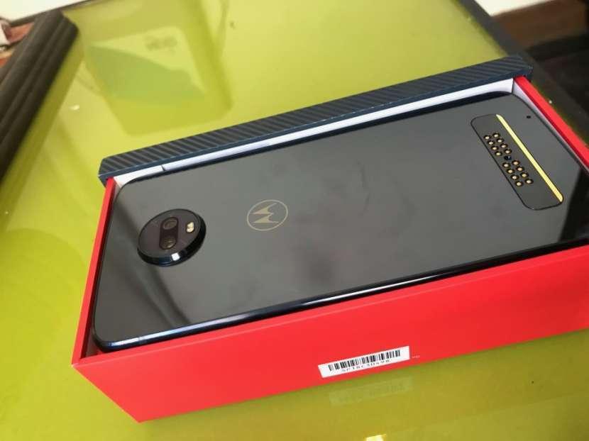 Motorola Z3 2019 5G - 1