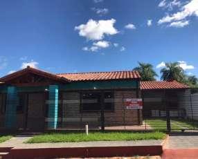 Casa a estrenar en Barrio San Carlos Ñemby