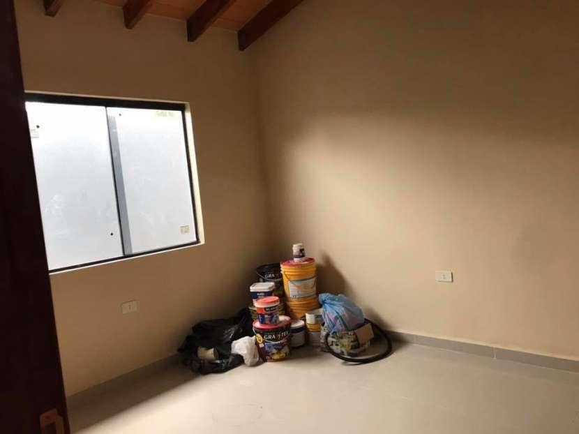 Casa a estrenar en Barrio San Carlos Ñemby - 5