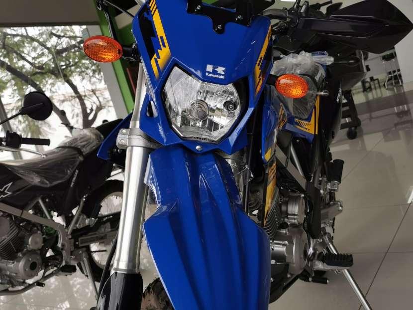 Moto Kawasaki klx 150 BF - 1
