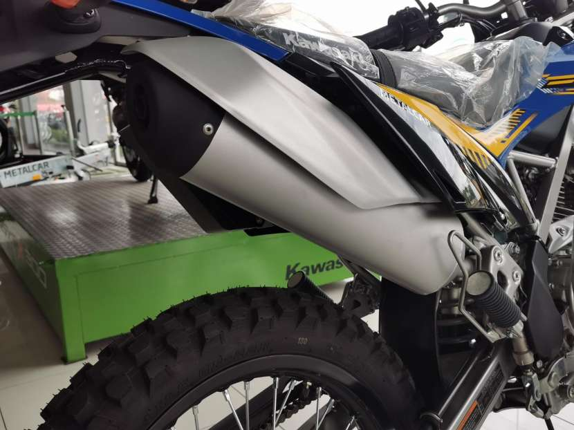 Moto Kawasaki klx 150 BF - 7