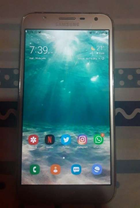 Samsung Galaxy J7 Neo - 0