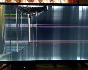 Smart TV Tokyo 32 pulgadas con pantalla rota