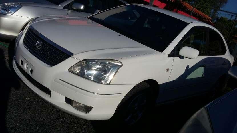 Toyota Premio 2004 - 1