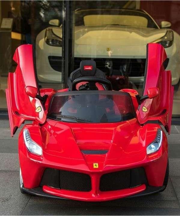 Ferrari LaFerrari para niños - 0