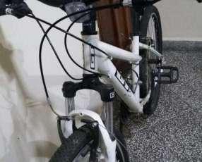 Bicicleta GT Laguna aro 26