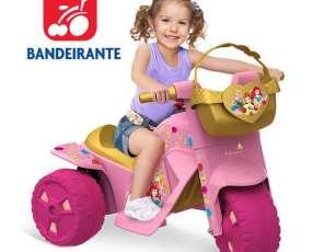 Moto Princesas Disney a Bateria de Bandeirante!