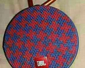 JBL Clip 2