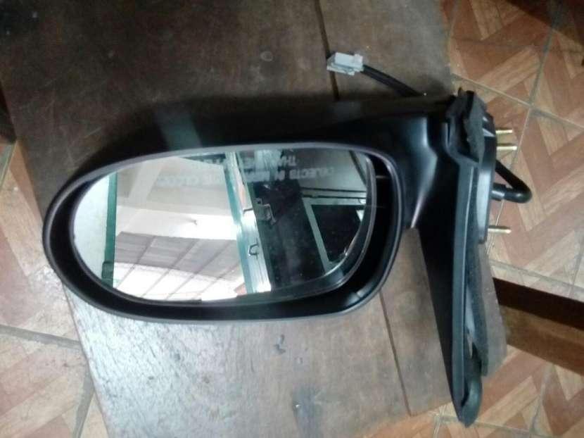 Espejo derecho Nissan Sylphy B15 2001 - 0