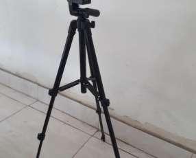 Trípode para celular y cámara