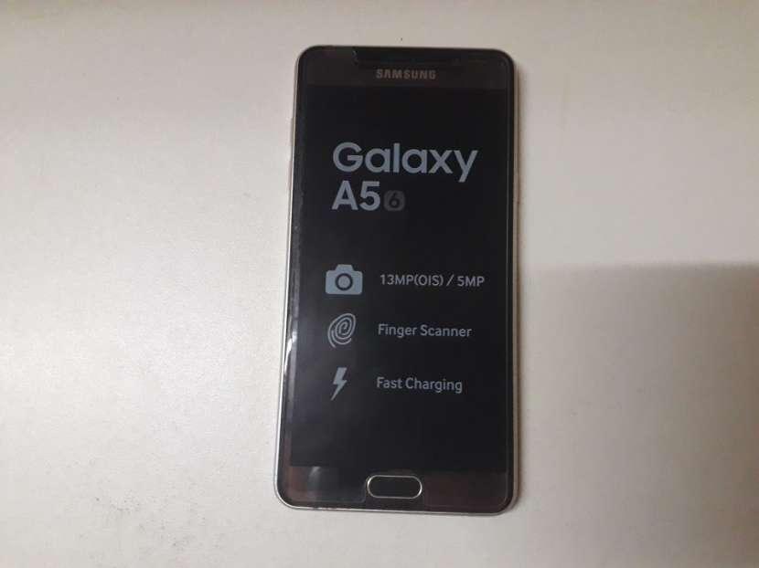 Samsung Galaxy A5 6 - 0