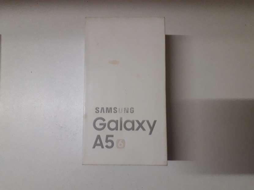 Samsung Galaxy A5 6 - 6