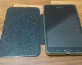Samsung Galaxy Tab 4 semi nuevo