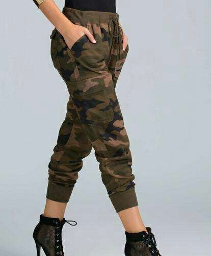 Pantalón jogger camuflado - 0