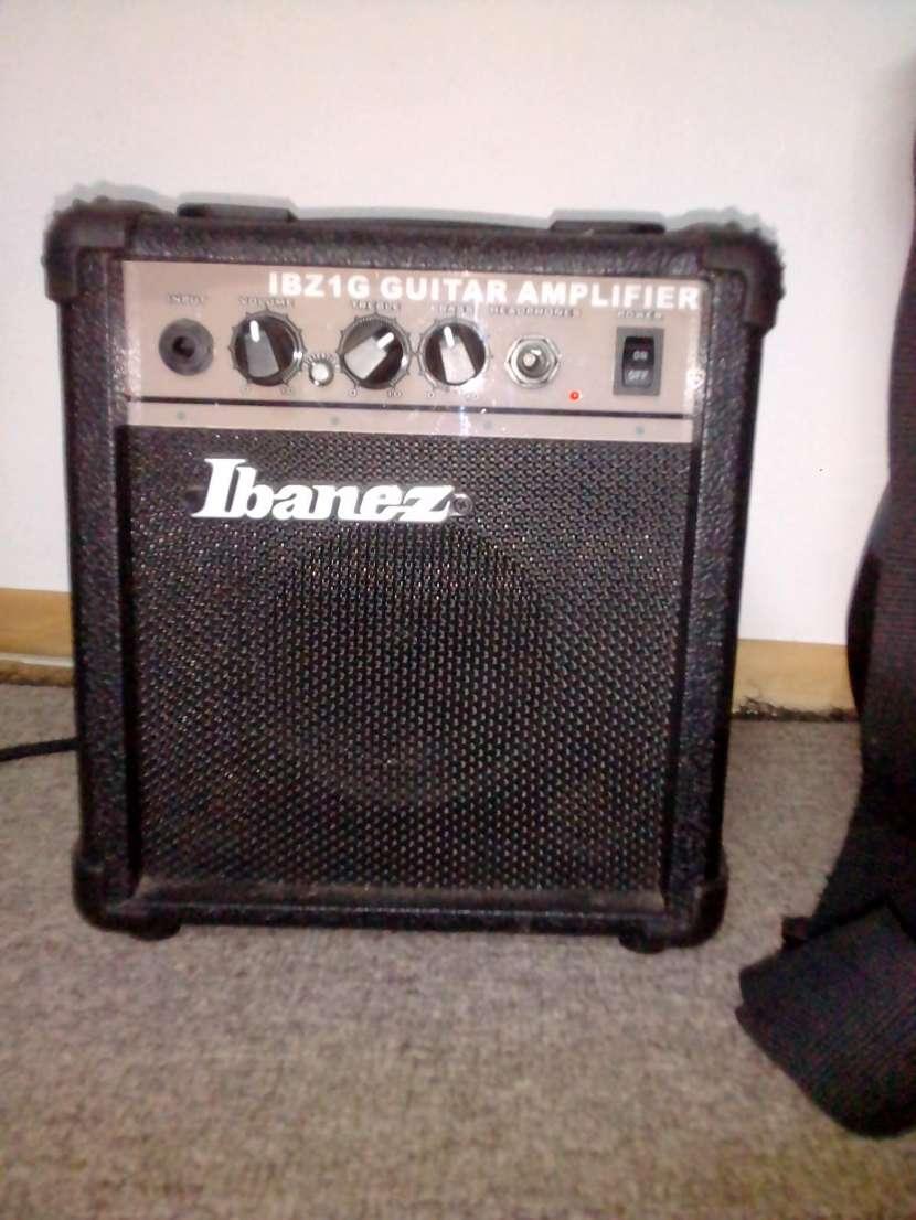 Guitarra eléctrica Ibanez - 2