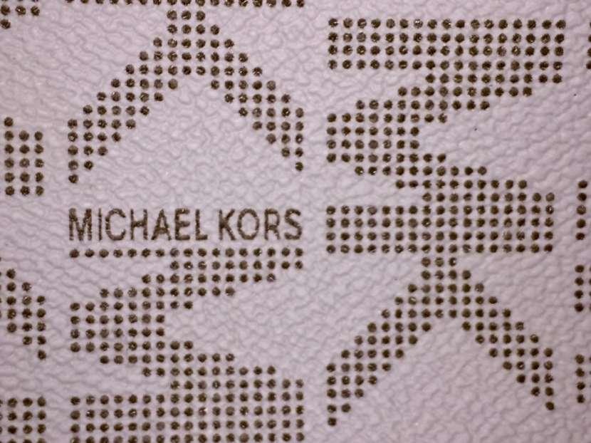 Cartera de Cuero Michael Kors - 1