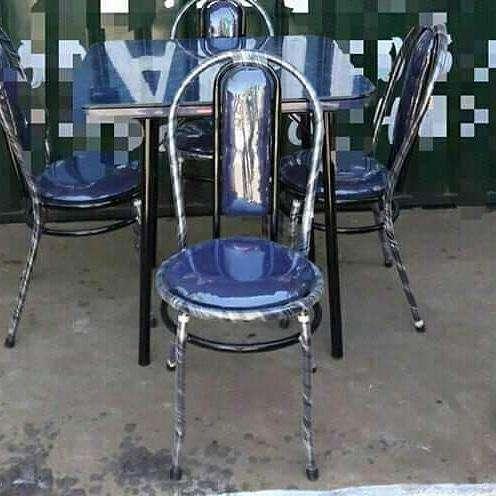 Comedor de 4 sillas tapizado - 0